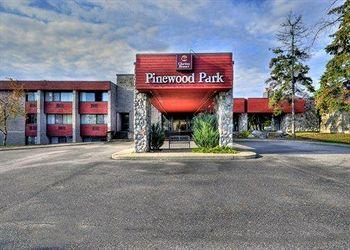 Clarion Resort Pinewood Park