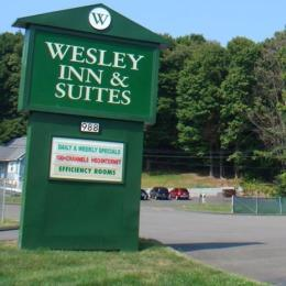 Photo of Wesley Inn & Suites Middletown