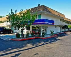 ‪Motel 6 Grants Pass‬