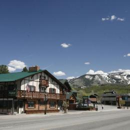 Photo of Alpiner Lodge Steamboat Springs