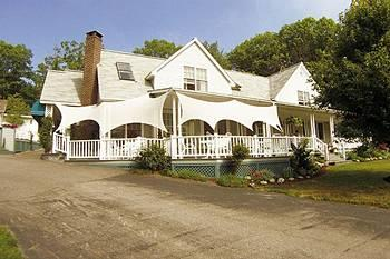 Photo of Mount Battie Inn Lincolnville