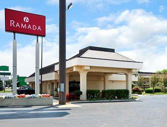 Ramada Inn & Suites Lebanon