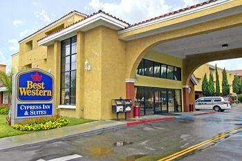 Cypress Inn & Suites