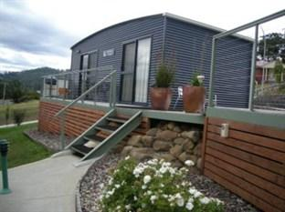 The Port Huon Cottages