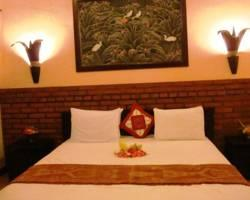 Pondok Sari Beach Bungalow Resort & Spa