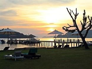 Photo of Makathanee Resort Koh Mak