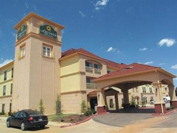 Photo of La Quinta Inn & Suites Woodward