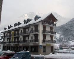 Photo of Hotel Restaurant Garona Bossost