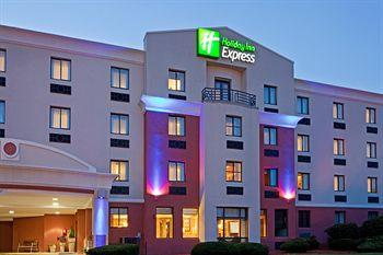 ‪Holiday Inn Express Saugus (Logan Airport)‬