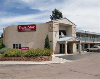 ‪TravelStar Inn & Suites‬