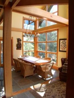 Slopeside Skiersdream Chalet