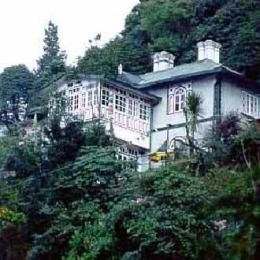 ‪Dekeling Resort at Hawk's Nest‬