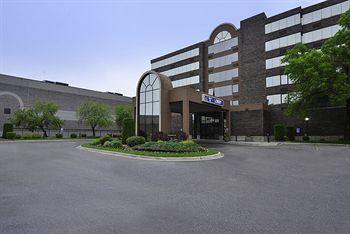 Photo of BEST WESTERN PLUS Kelly Inn Saint Cloud