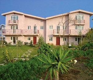 Seagulls Bay Village Hotel - Apartments & Maisonettes