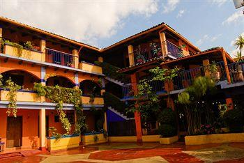 Photo of Hotel Jardines del Centro San Cristobal de las Casas
