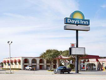 Days Inn Devils River Tx