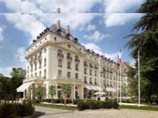 Photo of Trianon Palace Versailles, A Waldorf Astoria Hotel