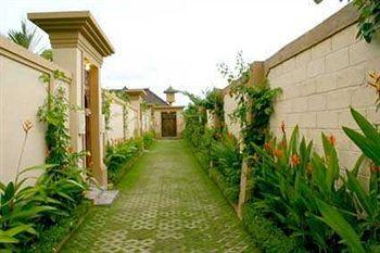 Photo of Heliconia Villas Seminyak