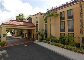 Comfort Inn & Suites Lantana