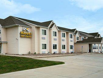 Microtel Inn & Suites by Wyndham Colfax/Newton