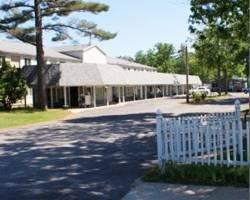 Photo of Restwood Motel Traverse City
