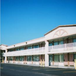 Photo of Red Carpet Inn & Suites Scranton