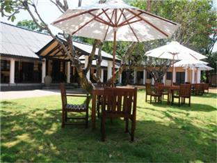 Dambulla Rest House