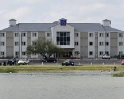 Motel 6 Eagle Pass