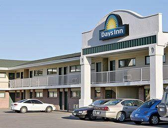 ‪Days Inn & Suites Lincoln‬