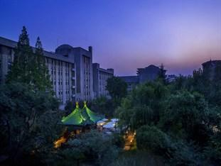 Grand Mercure Xian on Renmin Square