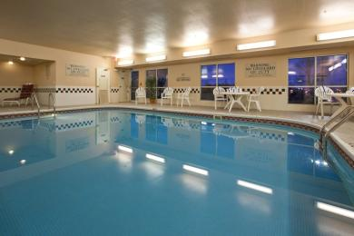Country Inn & Suites By Carlson, Davenport, IA