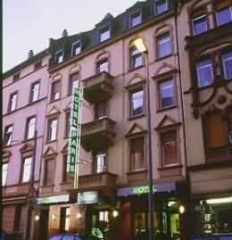Photo of Hotel Paris Frankfurt
