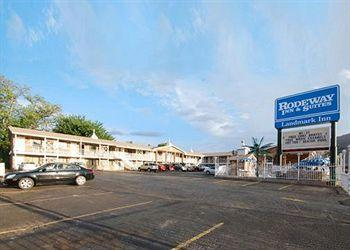Photo of Rodeway Inn & Suites Landmark Inn Moab