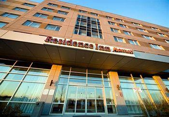 Photo of Marriott Residence Inn Montreal Airport