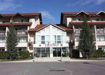 Clarion Suites Geneva Excellior