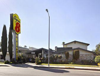 Super 8 Canoga Park