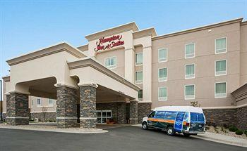 ‪Hampton Inn & Suites Minot / Airport‬