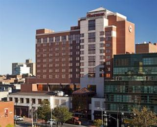 Sheraton LaGuardia East Hotel