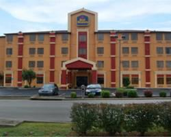 ‪BEST WESTERN Mid-Town Inn & Suites‬