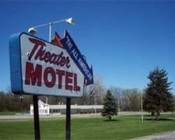 ‪Theater Motel‬