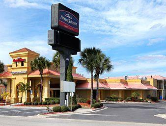 Photo of Howard Johnson Enchanted Land Hotel Kissimmee