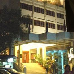 Photo of Hotel Yuvraj Vadodara