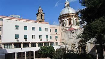 Student's Hostel San Saverio