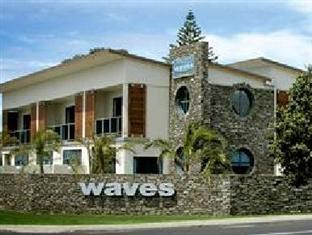 ‪Waves Motel‬