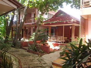 Lola Itang Pension House and Restaurant
