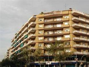 Photo of Apartamentos Europa Barcelona