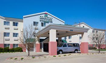 Country Inn & Suites by Carlson Cedar