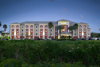 ‪Holiday Inn Express Orlando Airport‬