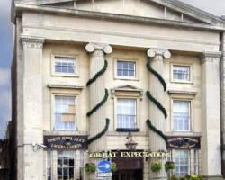Great Expectations Hotel & Bar