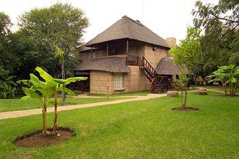 ‪Zebra Country Lodge‬